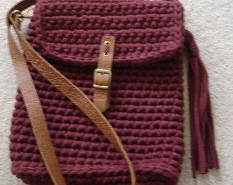 Bordeaux Shoulder Bag, knitted tshirt yarn