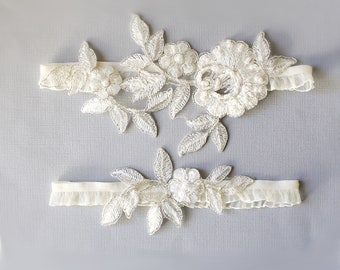 Ivory Pearl Beaded Flower Lace Wedding Garter Set ,Ivory Lace Garter Set, Ivory Toss Garter, Wedding Garter Belt / GT- 62