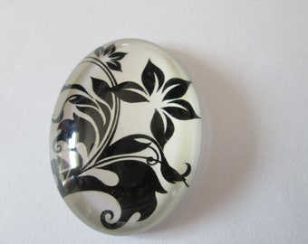 A glass cabochon printed 30 x 40 mm flowers