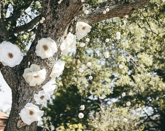 Giant Flowers for Wedding Ceremony Backdrop or Party Decor
