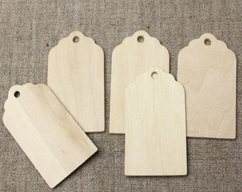 Wedding Favour Tags//Christmas Tags//Wooden gift tags - natural wood SCALLOP shape -  5 gift tags