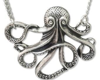Octupus in Silver Finish Pewter Pendant Necklace NK-638