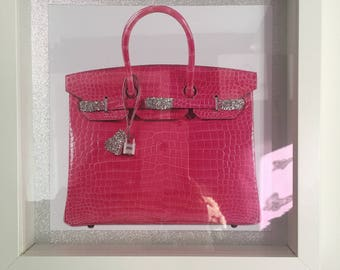 Pink handbag picture with glitter detail