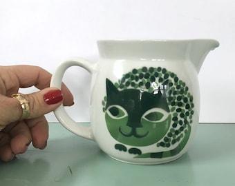 16oz Kaj Franck Arabia of Finland Cat Lovers Pitcher Green Creamer Netherlands Finnish Potters Artist 1960's Mid Century Decor Milk Jug