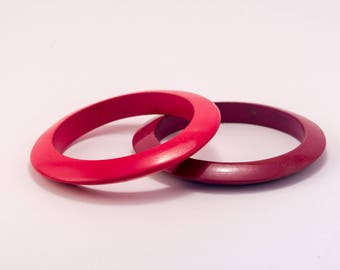 Pair Of Groovy Vintage 70s Retro Bangles