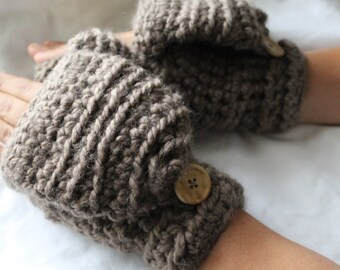 Crochet wool mittens, Convertible winter mittens for women - The CERYS -  Fingerless gloves - Taupe wool mittens