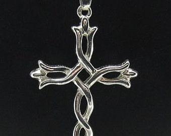 PE000511 Sterling silver pendant   925 solid  Celtic cross
