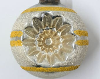"""Vintage Shiny Brite 1950s Christmas ornament double indent mica yellow white stripes 2 3/4"""""""