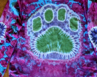 Puppy love, hearts and paw print long sleeve tie-dye size small