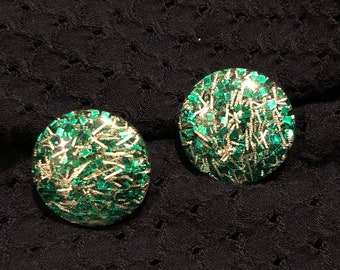 Vintage 1970s funk green and gold round clip on earrings