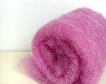 Needle felting wool, 1 oz, primrose.  Maori wool blend of coopworth and corriedale. Needle felting, wet felting supplies. Carded wool batts.