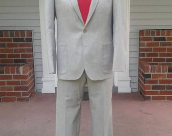 Vintage Mens 1980s Summer/ Spring Suit