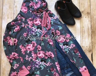 Floral tunic top with rouched collar