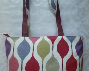 Large Tote (Red)