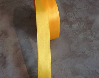 Satin ribbon double sided 20 mm Buttercup yellow gold