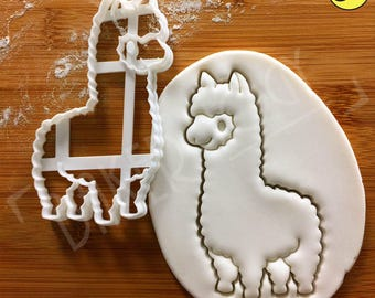 Cute Alpaca cookie cutter | camelid biscuit cutters | ooak baby llama smiling alpacas | Bakerlogy animal farm