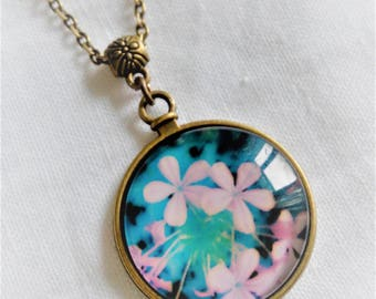 illustrated flower cabochon necklace