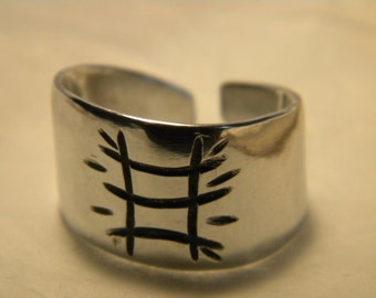 Carved aluminum ring - Size 9