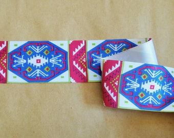 Geometric White Ribbon, blue, fuchsia and and green (ref 922 10 89)
