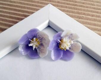 Stud earrings Small purple lilac flower studs Gentle flower earrings light spring earrings Polymer clay studs Hypoallergenic ear post