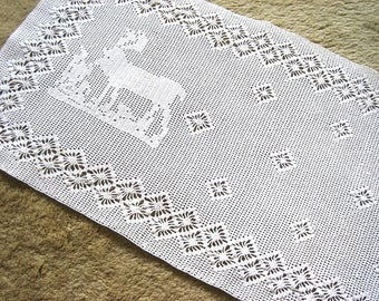 HAND CROCHETED Lace Dresser Runner Bureau Scarf Cotton Tablecloth Dense White Deer