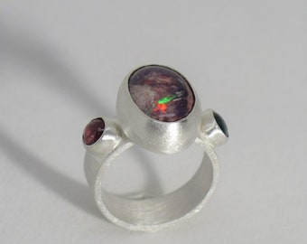 Sterling silver Mexican fire opal ring with tourmaline. Size 7 US. Gemstone ring. Gift for her. Silver ring. Tourmaline ring. Opal ring