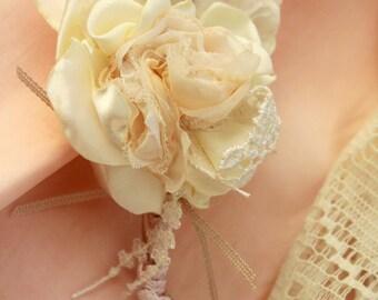 Wedding boutonniere, wedding guest buttonhole wedding men wedding boutonniere, brooch bouquet, wedding boutonniere Buttonhole