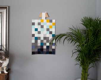 Modern Mini Quilt, Quilted Wall Art, Quilted Wall Hanging, Patchwork Quilt
