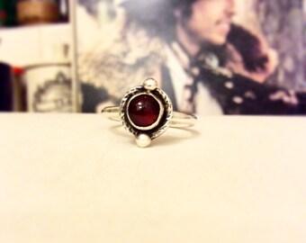 Lasso Ring - Garnet Sterling Silver Ring