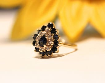 Blue sapphire and Diamonds ring, pear halo, yellow gold, vintage engagement ring