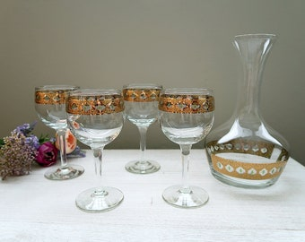 Culver Valencia glassware, Set of 4 wine glasses and 1 carafe decanter, 22k gold vintage midcentury barware set