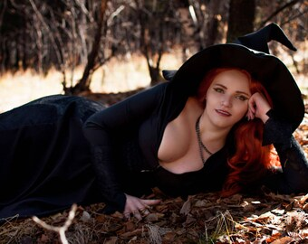 Witch vintage dress Halloween gothic cosplay + hat as a gift
