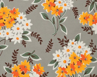 Flea Market Fancy Large Daisy Bouquet on Grey Quilt Fabric Fat Quarter Quilt Fabric Sewing Fabric Retro Fabric