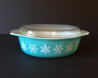 Vintage Snowflake Pyrex Dish, Turquoise 2 1/2 Quart Oval Pyrex Casserole Dish, Mid Century Pyrex, Ovenware Dish, Pyrex 045 Dish with Lid