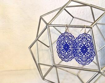 Dainty royal blue Filigree Drop Earrings, gold wire earrings, blue jewelry, filigree jewelry, bridesmaid gift earrings, blue earrings, royal