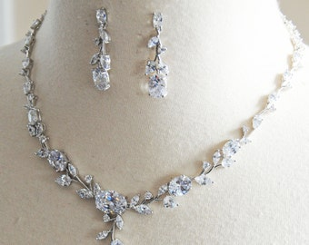 Delicate Crystal Necklace and Earrings Bridal Set, Vintage Style Necklace, Crystal Wedding Jewelry Set - PHOEBE