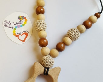 Star wooden crochet Nursing necklace fiddle breastfeeding babywearing sling teething  baby gift pink purple