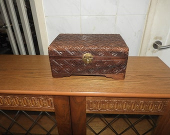 chinese hand Carved box