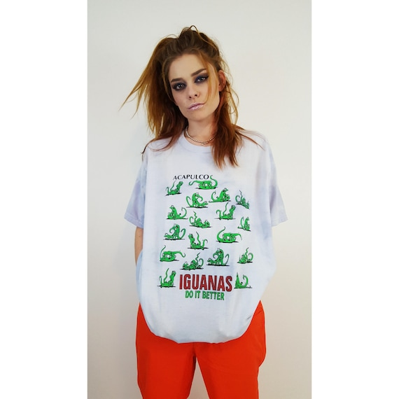 90's Iguanas Do It Better Animal Lovers Humor Tee - Funny Rude Sex Gag Tee - Cheeky Baggy Tiedye Blue T-shirt XL Large Mens Womens Shirt