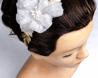 Jewelry-Wedding Headband 'Iris' for wedding, ceremony or adorning your hairstyle