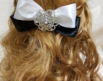 Wedding Black and White Satin Bow with Silver embellishment,Hair comb instead of Veil, HAIR BOW with silver Bling
