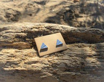 Travel earrings in brass