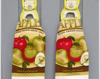 Kitchen Towels with Removable Towel Holders Apples Matching Set