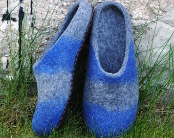 Felted slippers for men Felt wool shoes Felted house slippers Felt slippers House boots House slippers Wool clogs Gift for him.
