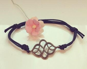 Curlicue bracelet in black, scroll, ornament, boho, hippie