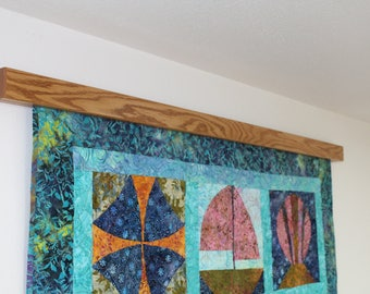 "26"" to 32"" inch Knob-less modern quilt wall hanger"