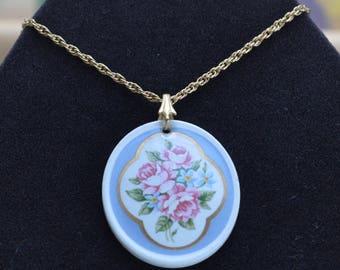 """Blue, Pink Floral Rose Pendant Necklace, 24"""", Vintage, Gold tone (R9)"""