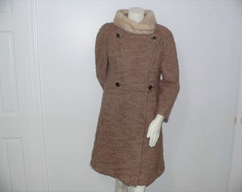 Vintage 1960s Tan Boucle Coat with Mink Collar