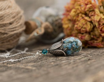 Terrarium Necklace, Real Flower Necklace, Botanical Jewellery, Crystal Necklace, Nature Necklace, Gift for Women