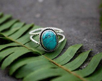 Turquoise Ring, Natural Turquoise Sterling Silver Ring, Turquoise Jewelry, Boho Ring, Bohemian Ring, Twisted Band Ring, Dainty Rings